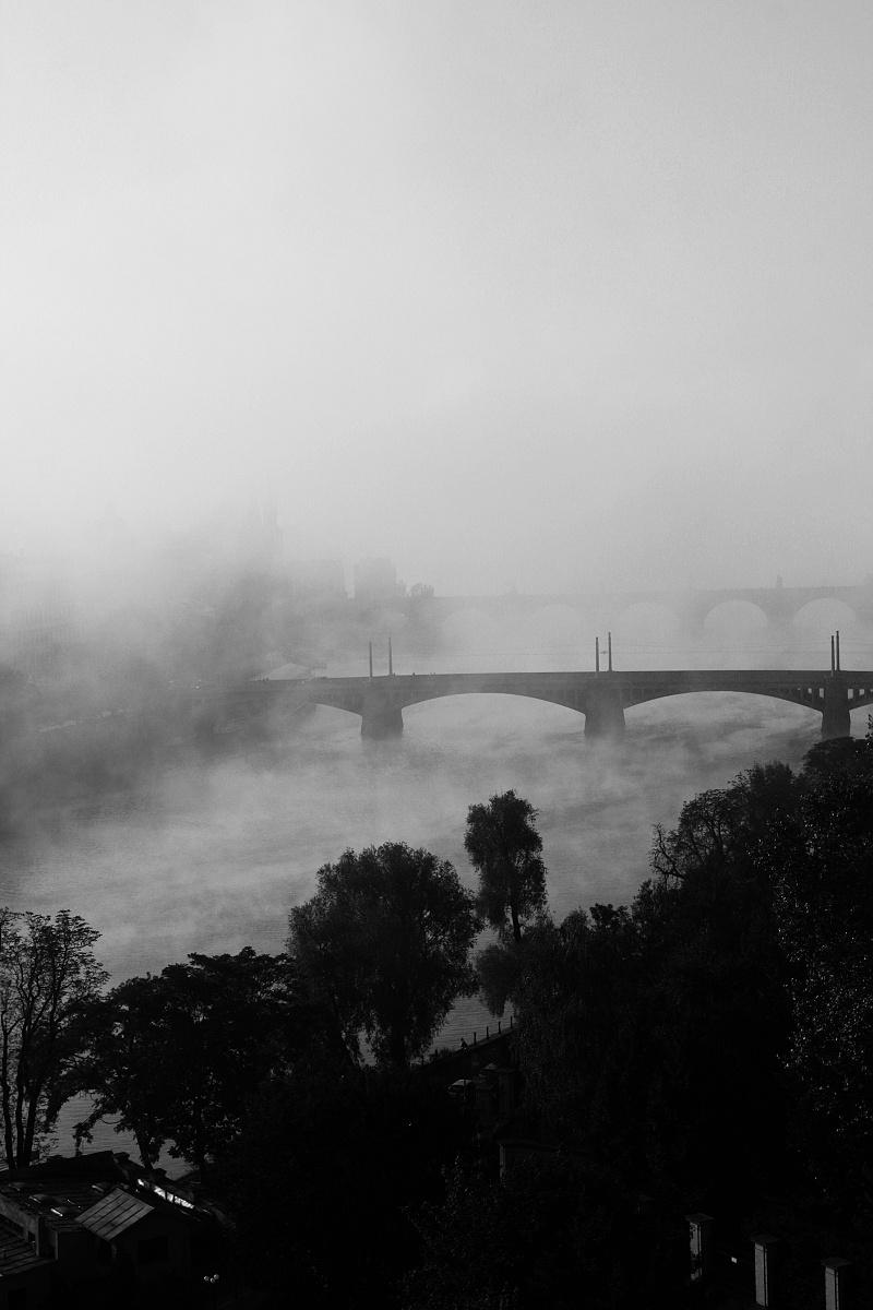 Praha v mlze_13